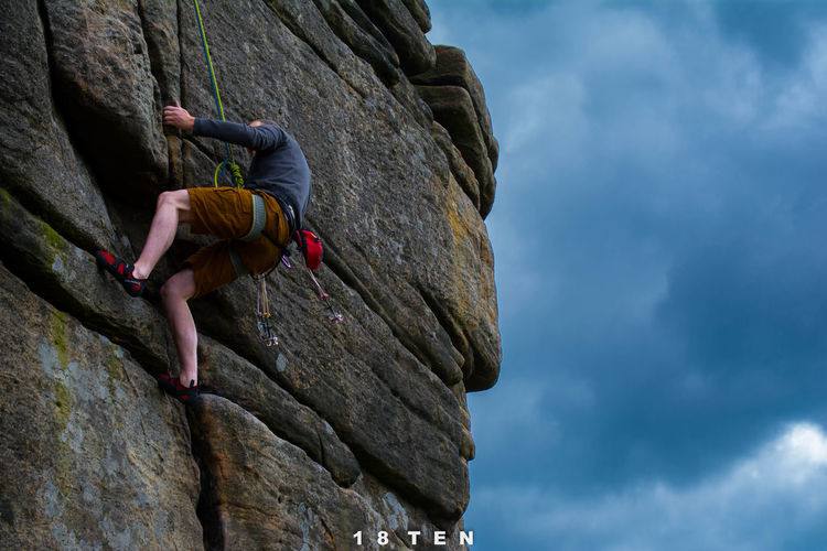 Climbing Clouds And Sky Day Discover Your City Landscape Outdoors Peak RockClimbing Stanage Edge