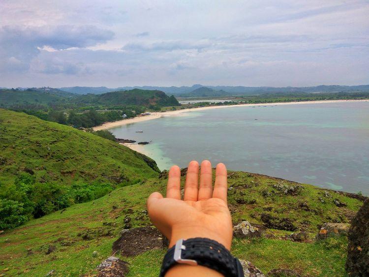 Tanjung aan beach lombok Haybro! Ocean EyeEm Selects Indonesia Photography  Lombok Island Lombok INDONESIA Lombok Gallery Maresehill Low Section Water Sea Beach Relaxation barefoot Human Leg Men Personal Perspective Human Hand Go Higher