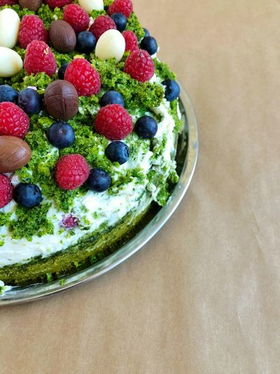 Food Food And Drink Berry Fruit Freshness Healthy Eating Fruit Indoors  Table Ready-to-eat Bowl Close-up Wellbeing Still Life No People Sweet Food Blueberry High Angle View Sweet Indulgence Green Color Temptation Breakfast Vegetarian Food Raspberry