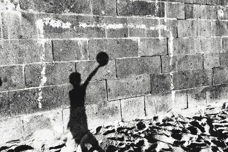 Beach... Focus On Shadow Enjoying Life Life Is A Beach Shadow Real People Playing Capture The Moment AMPt - Shoot Or Die Blackandwhite Street Photography Silhouette Shootermag Beach