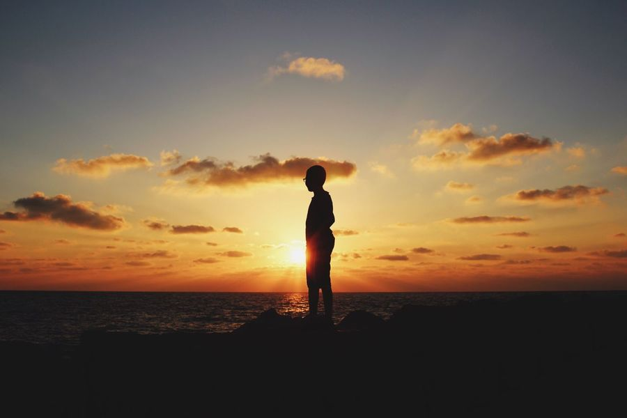 Sunset Sea Sky Full Length Real People Beauty In Nature Scenics Nature Silhouette One Person Water Lifestyles Men Cloud - Sky Tranquil Scene Tranquility Outdoors Sun מייגיא Telaviv Tel Aviv מייים Sommergefühle