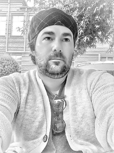 That's Me Light And Shadow Blackandwhite Black & White Black&white Guy Selfie ✌ Inked Selfportrait Man Self Portrait Portraits Portrait That's Me Bearded Beardlife Beardsandtattoos