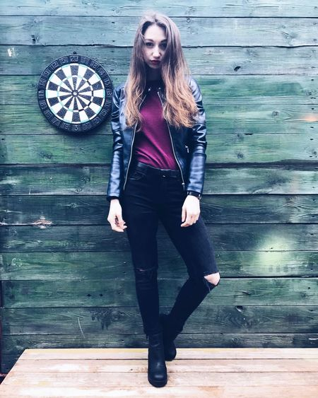 Lifestyles Girl Russian Girl Russia Moscow Spring Flacon