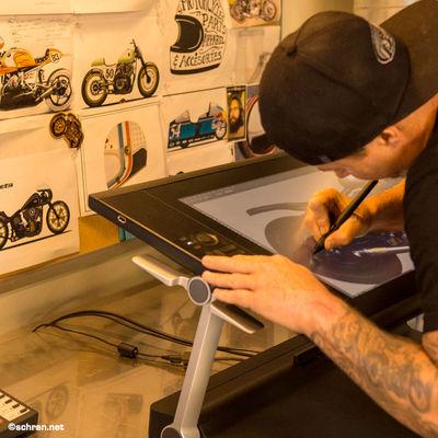 Checkt eine weitere #motosoul Story auf redbull.de über den #RSD #custom #bike Shop von #rolandsands in L.A., wenn Ihr mehr Bilder als das hier sehen wollt und einen coolen Clip über die #bmw #concept90. Einfach den Link hier kopieren und los gehts: win.gs/1IcIuz6 Bike Custom Bikes De Design Motorcyle Roland Sands Rs Water