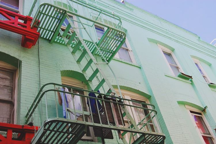 Colors Red And Green Fireescape City Street Apartment Buildings Apartment San Francisco City Downtown San Francisco San Francisco Architecture San Francisco