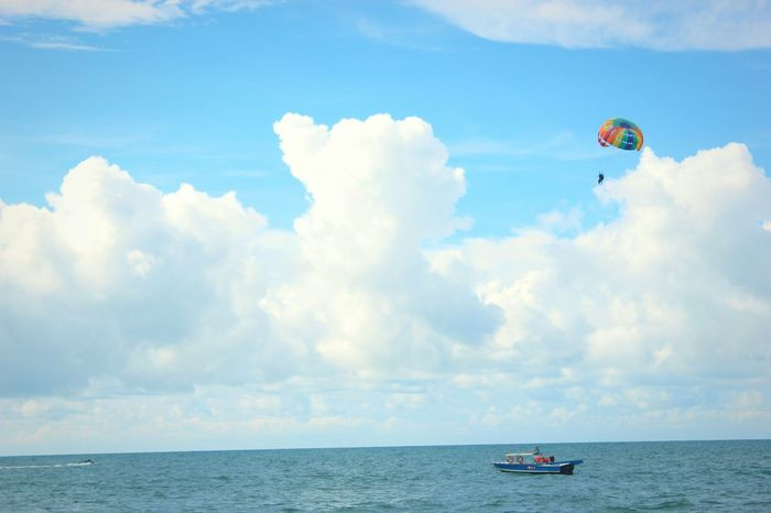 Exhilaration RISK Adventure Cloud - Sky Leisure Activity Parachute Sport People Day Canon550D The Week On EyeEm EyeEm Selects Sea Horizon Over Water