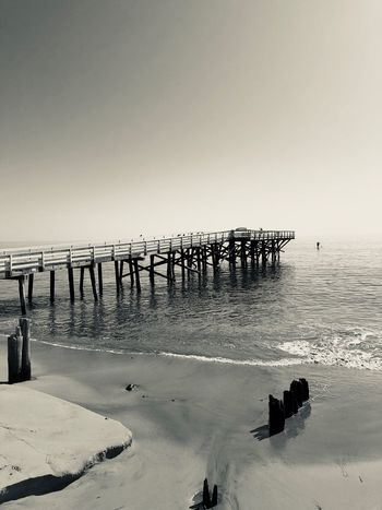 Paradise Cove Pier Black And White Sea Beach Horizon Over Water Water Sand Clear Sky Tranquility Beauty In Nature Tranquil Scene Pier Nature