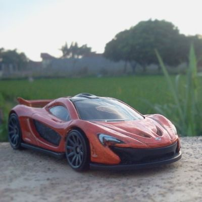 Mclaren my new collection Photograpy Photography HotWheels Hotwheelscollectors Hotwheelscollection Hotwheelspics Diecastphotography Diecast Sunset Sand Shadow Scale164 Takebysamsung Nature Natural DiecastIndonesia Explore Explorer Dimasgagah_hwc