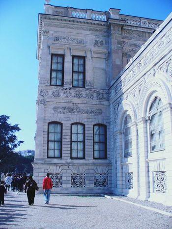 Turkey♥ Istanbul Palace Turkey Istanbul Turkey Dolmabahçe Sarayı Dolmabahcepalace Architecture Istanbul City Turkey ♡ Architectural Detail Dolmabahçe Dolmabahçe Palace /İstanbul