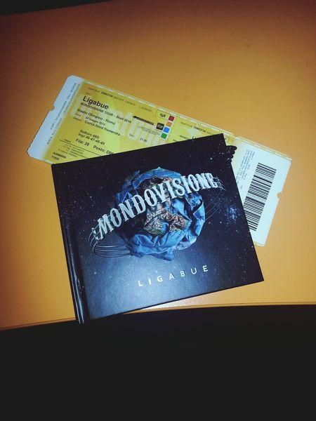 Mondovisione Lucianoligabue♥ Mondovisionetour *-*