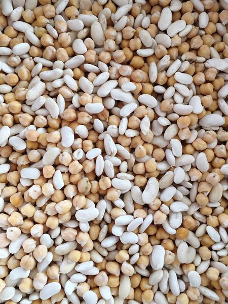 Beans Bean White Beans Fava Bean Chickpeas Chick Peas Légumes Pulses Plant Plants Backgrounds Dry Beans Cooking Cook  Cooking At Home Food Foodphotography Vegetables Vegetable Vegetarian Food Vegan Close-up Close Up Foodporn From Above