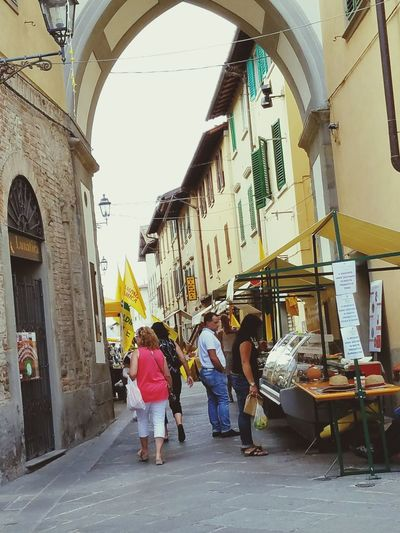 Street Photography Borgo San Lorenzo Street Fair Old Town Lifestyles Easy Life Streetview Market Day My Year My View