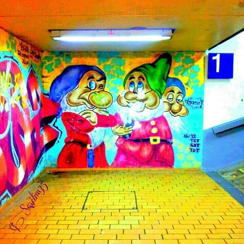 Have a colorful week :) Hanging Out Streetphotography Graffiti Happy LOL Helloworld Eye4photography  Brick Trick