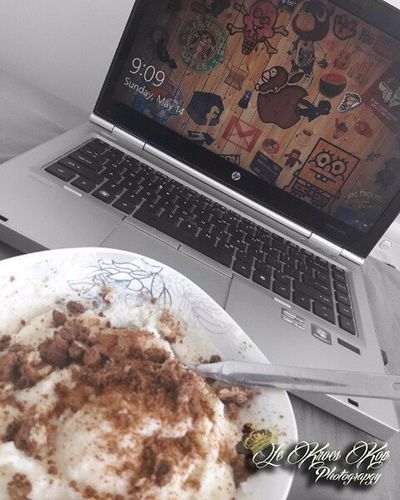 Sunday Morning Breakfast 😍 Laptop Technology Wireless Technology Porridge Chocolatebiscuit