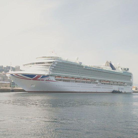 British floating City⚓🚢 Ship Transatlantic British Sail Marineworld Colossus Vigoport Beautifulship Port Vigocity Seaworld