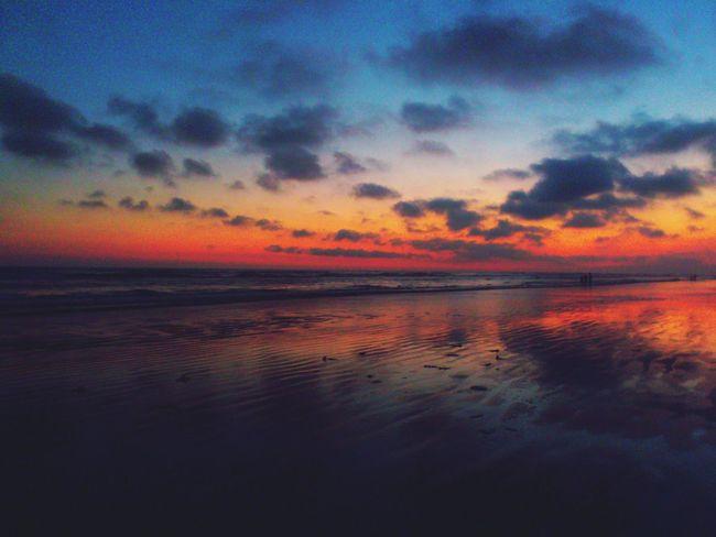 Sunset #sun #clouds #skylovers #sky #nature #beautifulinnature #naturalbeauty #photography #landscape Beachphotography Landscape_Collection EyeEm Best Shots - Sunsets + SunriseEyeEm Best Shots - Sunsets + Sunrise