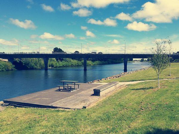 Palmerston North Nz Manawatu River Spring 2016 Nature Meets Concrete Beautiful Day
