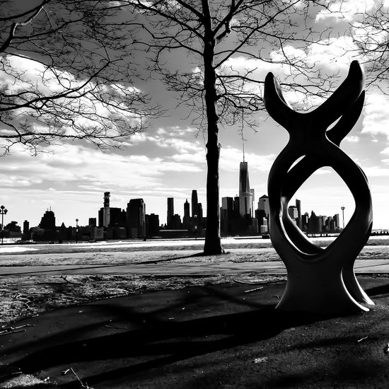 Art in Hoboken...... Lgarciaphoto IPhone 7 Plus Iphoneonly Shot On IPhone IPhoneography IPhone Blackandwhite Monochrome New York New York City New Jersey Jersey Hudson River Streetphotography Architecture Building Sky Skyline Built Structure No People City Tree Building Exterior Outdoors Sculpture Day
