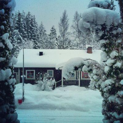 Hyfsat vinterlandigt i Delsbo nu ... Och mer snö kommer Swedishwinter