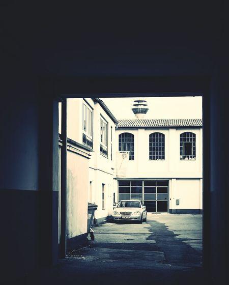 Hinterhof Window Car Doorway Door Land Vehicle Architecture Building Exterior Built Structure Entryway Entry Front Door Entrance Parking #urbanana: The Urban Playground