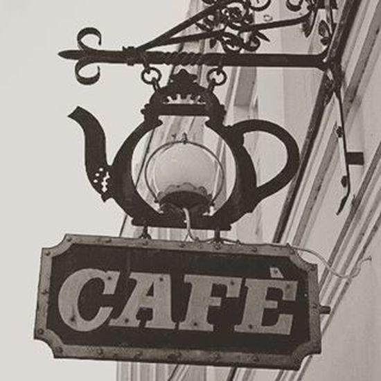 Livro  e Caffeine .... quem não quer? |||||||||||| ! @AppLetstag Itstimecoffee Coffeeaddict Instacoffee Cafeínapura Coffeegram Apaixonadaporcafé Víciodobem Coffeetime Isalwaystimeforcoffee Cafeínanaveia Ilovecoffee Bomdia Goodmorning Sol Brasil Instagood Like4like Instadaily Instalikes Instagram Iger Picoftheday Igerdaily ailacassia🙅