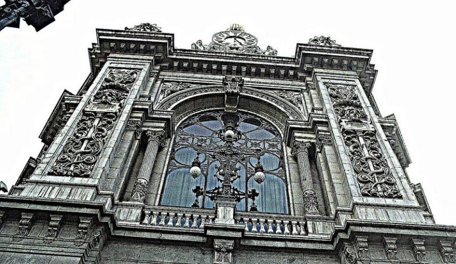 Ornate Architecture History Outdoors Travel Destinations Building Exterior No People City Madrid Spain HDR BancoDeEspana NewhereEyeem