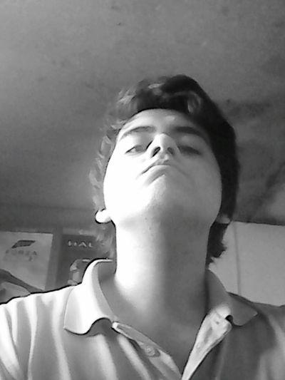 Cuello Largo