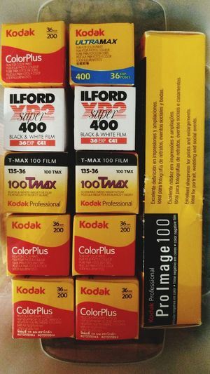 Estocando... Ilford Xp2 400 Kodakcolorplus200 Kodakultramax400 Kodakproimage100 kodaktmax100 35mm Film Filmisnotdead Charlessantanaphoto First Eyeem Photo