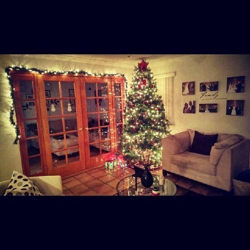 Merry Christmas from the Urbinas @roburbina15 I love my tree! ♥♥♥ Lovetheholidays FavoriteTimeOfTheYear Urbina