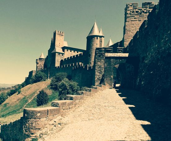 History Architecture Old Ruin Travel Destinations Ancient No People The Architect - 2017 EyeEm Awards Medival Building Medival City Medieval Castle Carcassone, France Carcassonne Clear Sky City Cityscape Built Structure Outdoors Building Exterior Architecture Castle Castle Ruin
