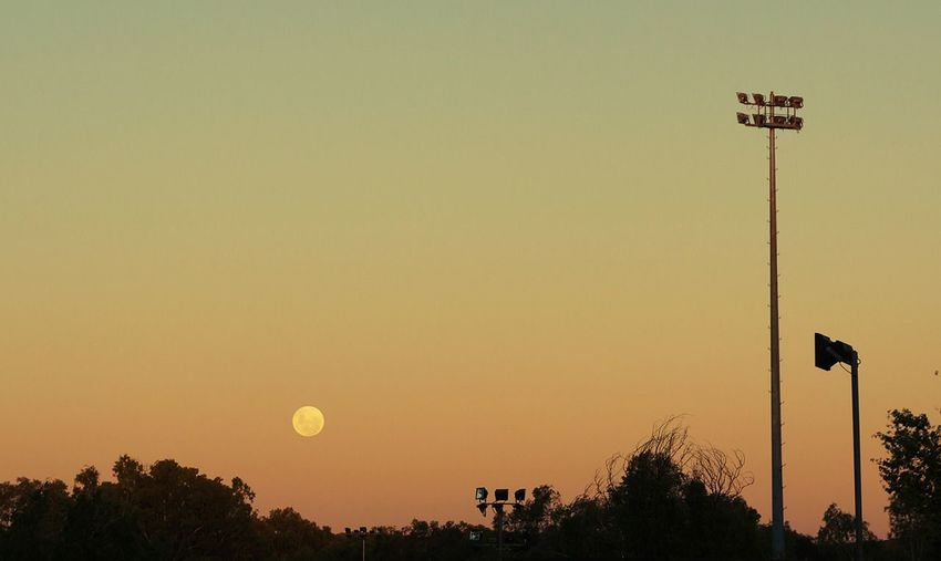 Supermoon 2013 in Alice Springs. The Moon Collection
