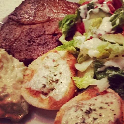Steak and salad.. always a good mix... Homemade Realfood Salad Remulade