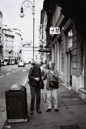 Analogue Photography City Street Friendship Love Outdoors Street Streetphotography Thisishistory Togetherness Women