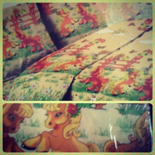 Мне купили постельное бельё с лошадями... Люблю свою маму:3 жесть затомягко