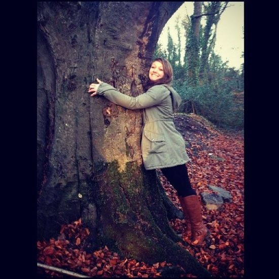 When in doubt, hug a tree Girlcanthelpit Ilovetrees Bornandraised Hippister