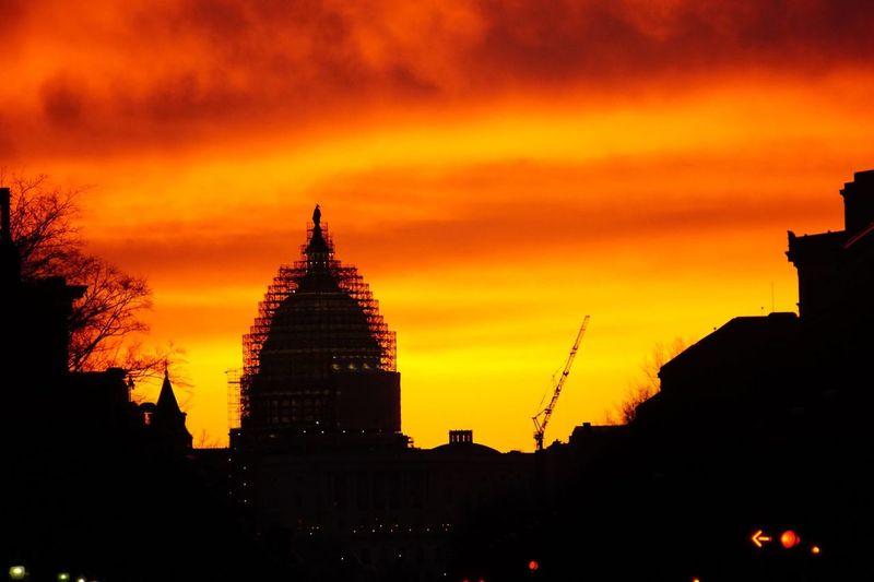 Morning work. Sunrise Crane Scaffolding US Capitol Building The Purist (no Edit, No Filter) Sony A6000
