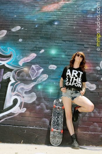 @melvinmaya @mmpstudios_com Artistic Beautiful Casual Houston Texas Architecture Art Brunette Casual Clothing City Creativity Followme Full Length Gorgeous Graffiti Model Outdoors Photographer Photography Real People Skateboard Standing Young Adult
