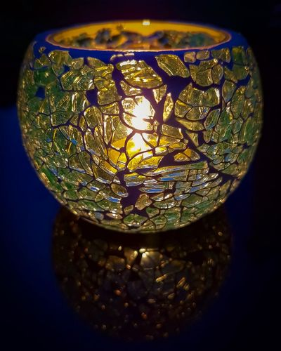 Black Background Refraction Gold Colored Illuminated Close-up Crystal Crystal Glassware Transparent Glass - Material