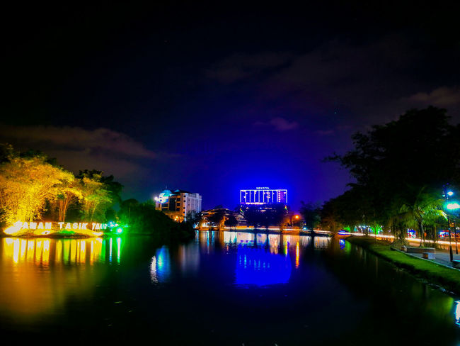 Taman Tasik Taiping EyeEmNewHere Swimming Pool Reflection Arts Culture And Entertainment Amusement Park