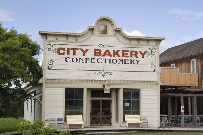 vintage bakery - on a sunny day Architecture Architecture Architecture_collection Baker Bakery Bakery Cafe Bakerylove Bread Building Exterior Canada Confectionery Food And Drink Handmade Heritage Heritage Building No People Old Old Buildings Shop Store Text Timber Vintage Wood - Material Wooden