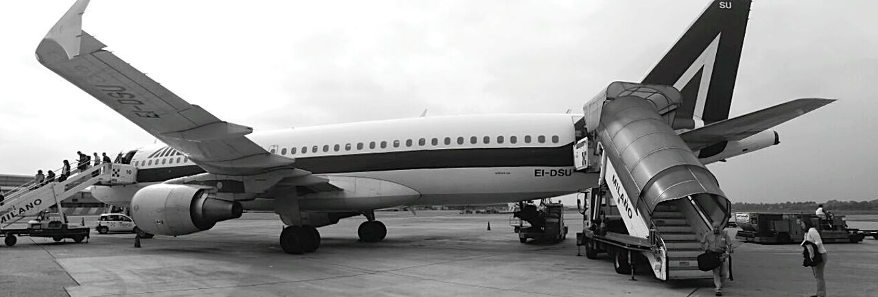 Landscapes With WhiteWall Low Angle View Panaromic View Panaroma Airplane Airplane Shot Milano Milan Milan,Italy At The Airport Airport Waiting Airport Boarding On The Way Monochrome Photography