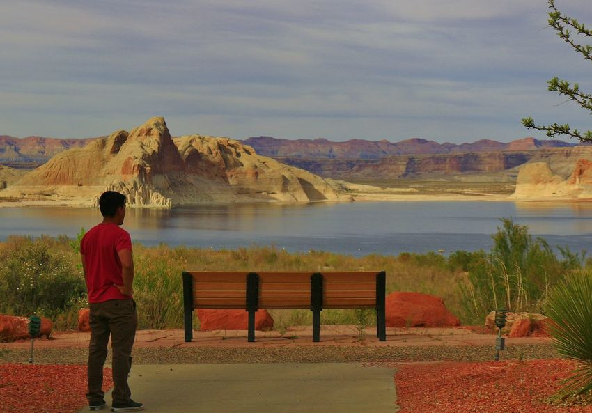 Traveled with a few friends in April 2016 Lake Powell was one of our stops we stayed at. The view was unbelievably beautiful that everything looked fake. Chasing Sunsets Colorful Colors Enjoying The View Lake Powell Sureal Sureal Landscape Waterfront Lakefront Rock Layers Stunning Scenery Blue Wave The Portraitist - 2016 EyeEm Awards Feel The Journey Layers Looks Unreal Land Water And Sky High Resolution Natural Wonder Colour Of Life