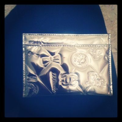 My chanello metallic card holder ! Im loving it ! ;)