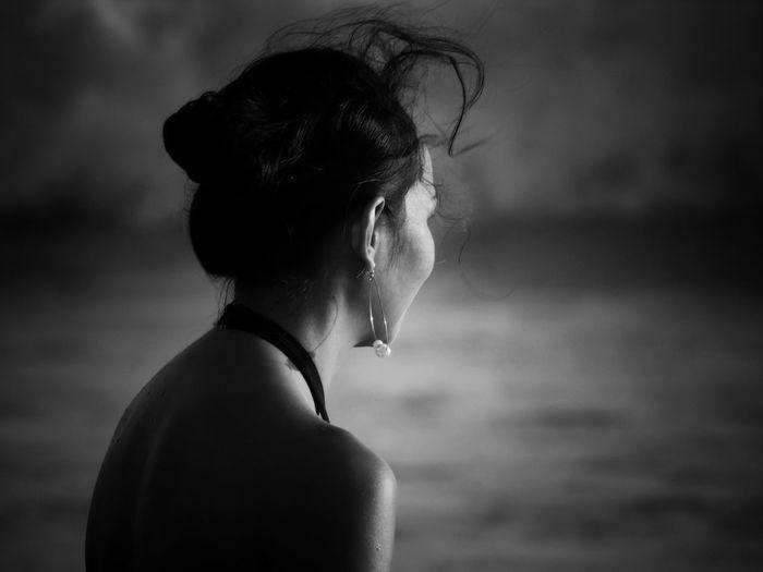 Black Harmony Hair EyeEm EyeEm Best Edits Bali Beach Monochrome monochrome photography Monochrome _ Collection Monochrome_life Blackandwhite Streetphotography Streetphoto_bw Portraiture EyeEm Best Shots EyeEmNewHere EyeEm Gallery EyeEm Selects Portrait Close-up