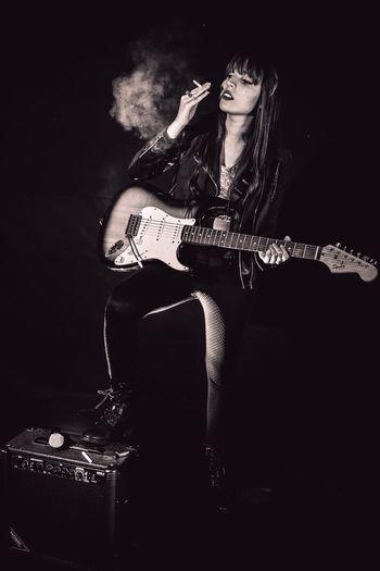 Rock'n'Roll Dslrphotography Girl Smoke