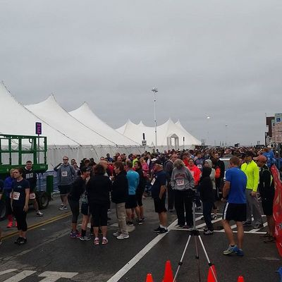 Lined up for the Island to Island 5K... Oceancitycool OceanCity Maryland Ocmd 5k