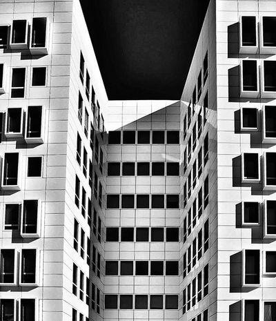 B U I L D I N G Nikonfr Igersfrance Igersmarseille Marseillerebelle Marseillecartepostale Ohprovence Street Urban Photography Blackandwhite Bnw_marseille  All_bnwshots Bnw_demand Bnw_life Bnw_captures Bnw_society Ig_worldclub Ig_europe Ig_great_pics IGDaily Igersoftheday Super_france Jaimelafrance Topfrancephoto Architecture archilovers architecturelovers architectureporn archidaily mcp_monquartier
