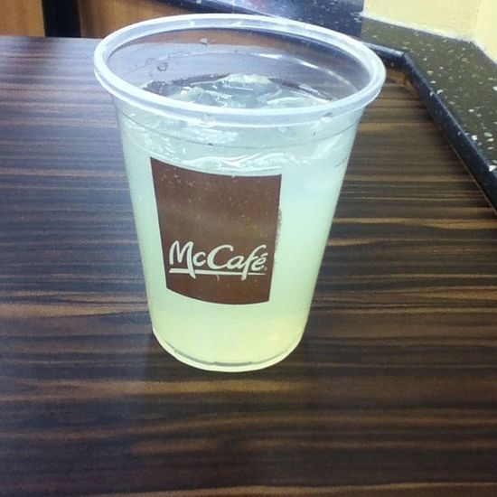 Askedfor Awatercup Andi Gotta lemonade insted imaba iknow ✌✌