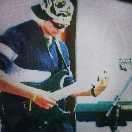 Parace que foi ontem ... M úsica Guitar Ibanez Amor paixão Deus Jesus