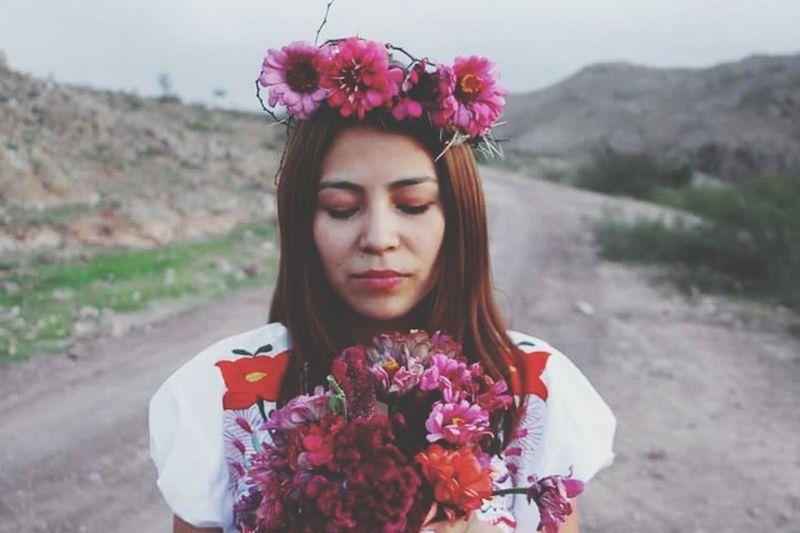 Flower Corona Campo Niñas Espinas Mexixan Frida Beauty In Nature